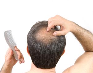 Das Aufwaschen des Haares mit dem ätherischen Öl